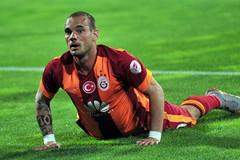 Wesley Sneijder (l3o_) Tags: wesley sneijder galatasaray 10 numara kırmızı football futbol spor sport netherlands ajax real madrid inter galasozlukorg cimbom gs wesleysneijder