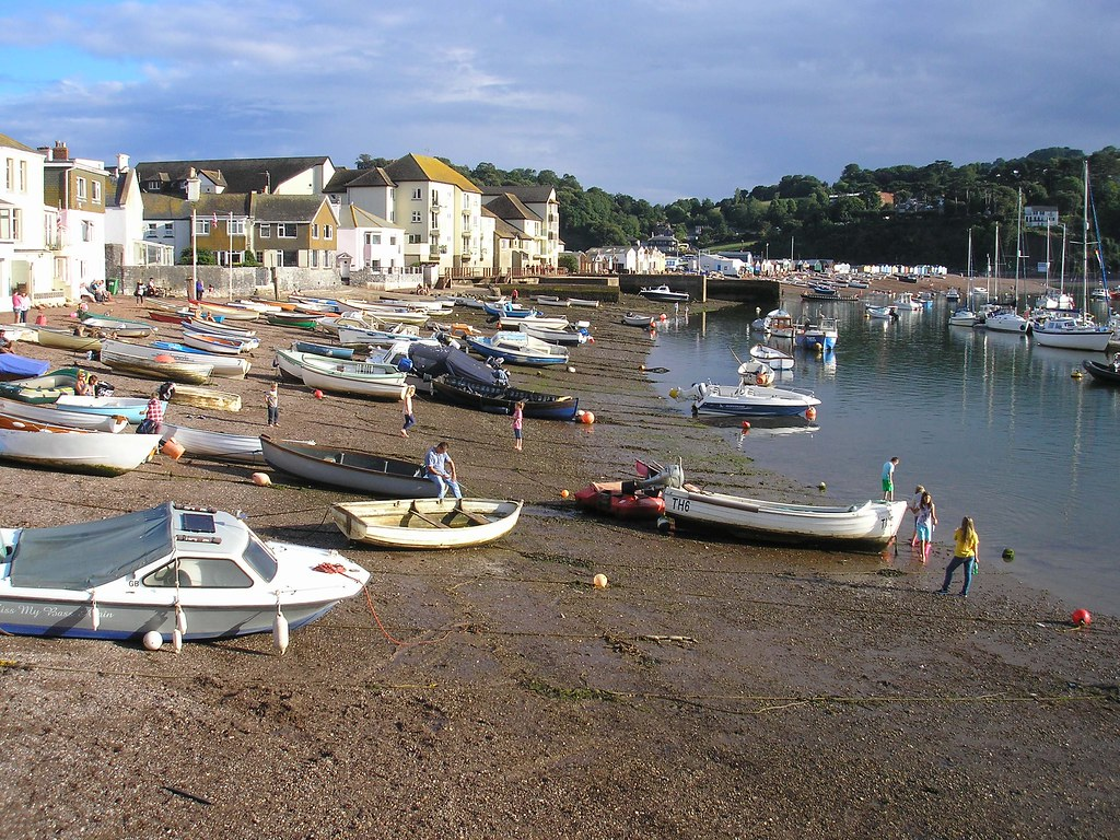 Low Tide On The Teign