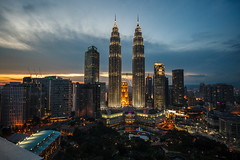 Towers by twilight (nikolombardo) Tags: twilight malaysia kualalumpur petronastowers skybar tradershotel