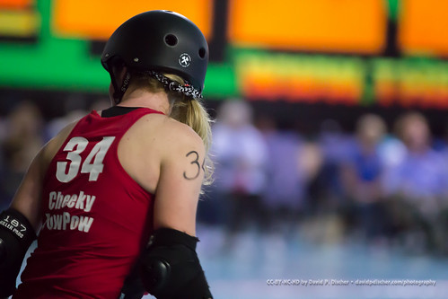 2015-10-24 - Sac City Rollers: Punishers vs V-Town Derby Dames