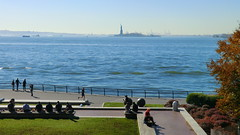 New York: Recreation in the Battery Park & viewing to Lady Liberty