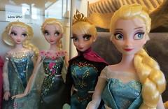 Elsa (Lena Who) Tags: snow set frozen store doll skating gear disney collection fte reine elsa fever coronation neiges givre poupes