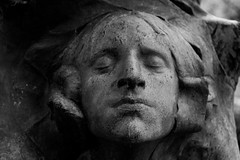 Detail (michael_hamburg69) Tags: sculpture friedhof paris france face cemetery female frankreich gesicht cementerio skulptur pèrelachaise cimetière gottesacker bildhauer keramiker miniaturist jeanjosephcarriès division12 jeancarries photowalkwithaddadada camposato 18561894 weekendwithjoseph