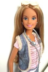 Cause i'm a Caligirl (dolldudemeow24) Tags: barbie so cal style doll multiple outfits california girls 2005 2016