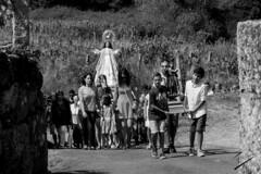 The village's procession (jcfasero) Tags: procession procesion village pueblo tradicion tradicional lapela arnoia ourense galicia espaa spain galiza outdoor street stphotographia bw blackwhite