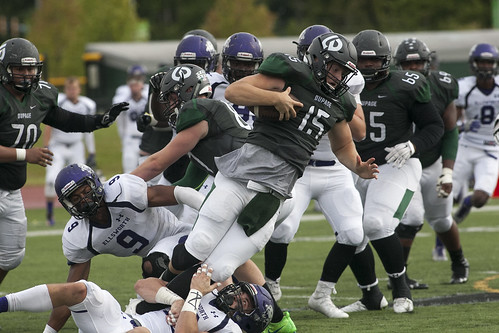 Rainy Weather Doesn't Dampen Spirit at College of DuPage Homecoming 2016 9