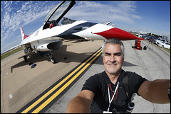 Air Force Thunderbirds Selfie (paulmoseleyphotos) Tags: airforcethunderbirdsfortworthallianceairshowairplanepla fortworth tx airforcethunderbirdsfortworthallianceairshowairplaneplane paul moseley paulmoseleyphotos fort worth dallas texas photo photographer photojournalism canon eos porsche carrera 911sc 911t 911s 911l 911e 356 914 928 cayman boxster cayenne macan fuchs german germany volkswagen gti r32 rangers mlb stars nhl tcu horned frogs cowboys nfl mavericks mavs nba woodrow wilson high 1972