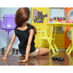 day 23d (pinkperfectplasticworld) Tags: djy08 barbie pink perfect plastic world int jour day nikon doll dolls poupe poupes puppen bambole poppen bonecas dockor nuket dukker  yoga     blue top fitness bambi made move mtm 2015 mueca muecas mattel 16 sport
