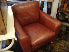 "CONTEMPORARY LEATHER CLUB CHAIR • <a style=""font-size:0.8em;"" href=""http://www.flickr.com/photos/51721355@N02/30704899956/"" target=""_blank"">View on Flickr</a>"