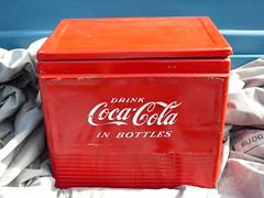 Coca-Cola Cooler (bballchico) Tags: cocacola cooler icechest arlingtoncarshow arlingtondragstripreunionandcarshow carshow 206 washingtonstate arlingtonwashington